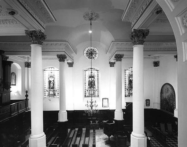 St Martin Ludgate, interior, image © English Heritage. Click on image to go to St Martin's website.